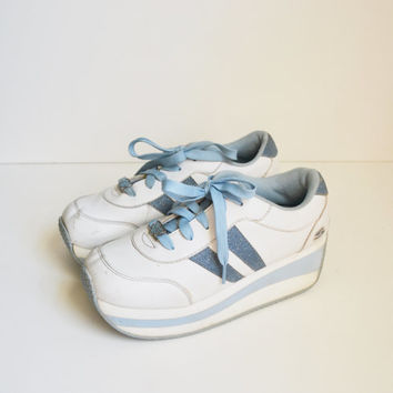 Vintage 90s Skechers Sneakers Platform Sneakers Tennis Shoes Skechers Platform Shoes White and Baby Blue Spice Girls Kicks Rave Size 8.5
