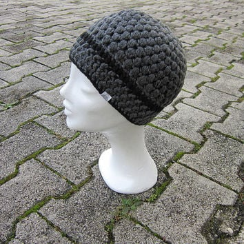 grey winter beanie, women hat crochet, charcoal beanie, chunky unisex hat, gray girls beanie,charcoal hat,men winter hat,black stripe beanie
