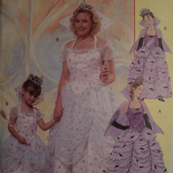 sewing pattern costume sml to xlg uncut