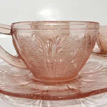 Pink Depression Glass Cherry Blossom Teacups and Saucers, Set of 4 Jeannette Glass Teacups, Pink Glass