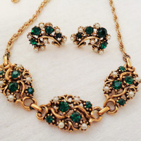 Vintage Emerald Green Rhinestone and Faux Pearl Necklace and Earring Set