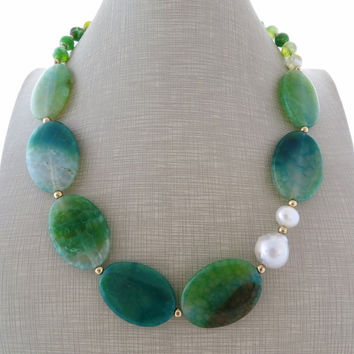 Green agate necklace, baroque pearl necklace, gemstone choker, uk beaded necklace, gemstone jewellery, boho chic jewels, christmas gift