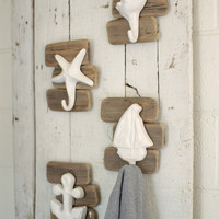 Set of 4 Ceramic Seaside Coat Hooks Driftwood Frame - One Each