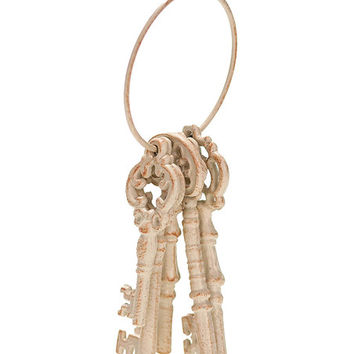 Metal Rustic Key Décor | zulily
