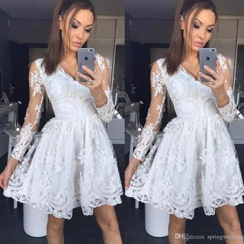 2019 New Arrival Short Party Dresses Modern Sheer Long Sleeve Appliques Lace A Line Homecoming Cocktail Gowns Holiday Party Wears Cheap 2379