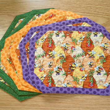 Quilted Placemat  -  BumbleBee Hive - Set of 2                         - 303