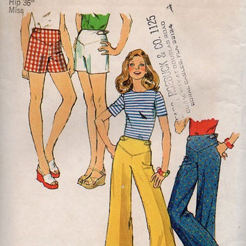 Groovy Retro Simplicity 70s Sewing Pattern Wide Leg Pants Hip Huggers Bell Bottom Jeans Disco Fashion Short Shorts Size 12