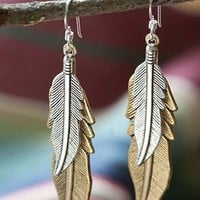 THE SONOMA FEATHER EARRINGS - Junk GYpSy co.