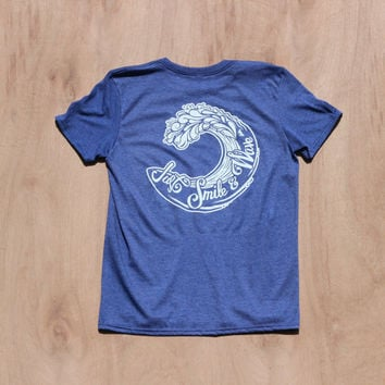 Surfer Wave Shirt | Surf Shirt | Ocean Wave Shirt | Sufer Shirt | Smile & Wave Shirt | Wave Graphic T