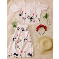 NEW 2 pieces outfit floral skirt