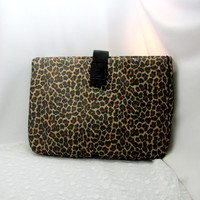 Two Piece Leopard Design Tote Over-sized Clutch With Draw String Bag Vintage Travel Bag Water Resistant Collectible Gift Item 2346