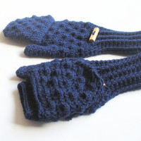 Crochet Glittens in Navy Blue Wool Blend Yarn, convertible fingerless glove mittens, MADE TO ORDER.