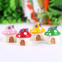 Garden Ornament Mushroom House Resin Figurine Craft Plant Pot Fairy Garden Decor