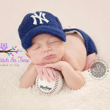 New york yankees Baseball Tean Baby Crochet Hat, Cap, Beanie, and Diaper Cover Outfit Set for Newborn-12 Months