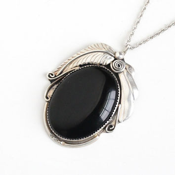 Vintage Sterling Silver Onyx Necklace - Large Retro 1960s Boho Southwestern Native American Oval Feather Black Pendant Unisex Jewelry