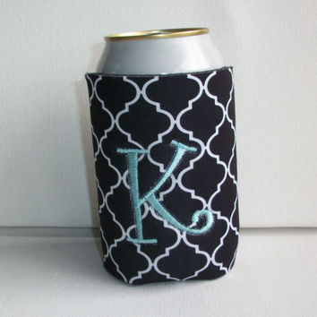 Monogrammed Custom Can black Quatrefoil Koozie -  Personalized Embroidered Monogram Coozie - gift for her drink holder