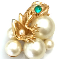 Trifari Frog and Spawn Brooch, Gold Tone Metal, Large Faux Pearls, Green Cabochon Eye