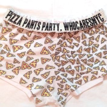PIZZA PANTS PARTY!!!!!
