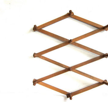 Vintage Large Wooden Accordian Peg Rack / Coffee Mug Hanger