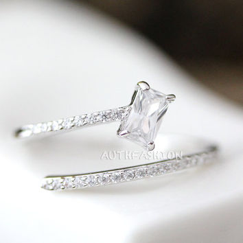 Adjustable Parallel Crystal lines w Square crystal Open Ring Simple Unique Ring Jewelry Silver Plated Gift Idea byr23