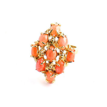 Vintage Cocktail Ring - Gold Tone Size 9 Peach Stone Costume Jewelry / Prong Set Pink