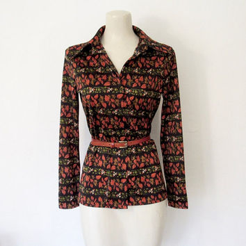 Vintage 1970s Button-down Shirt / Black, Orange and Green Leaf & Floral / Fall Print Blouse