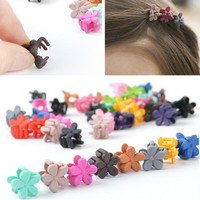 10 Pcs/lot Candy Color Mini Small Hair Claw Girls' Hair Clips Kids Flower Hair Accessories