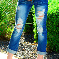 DISTRESSED DENIM ROLLED CAPRIS