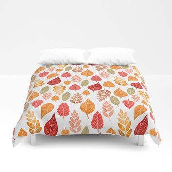 Painted Autumn Leaves Pattern Duvet Cover by Tanyadraws