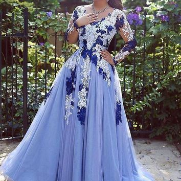 Romantic Arabic Evening Dress V-neck Top Lace Custom Made A-line Long Sleeves Women Formal Evening Gowns Dresses