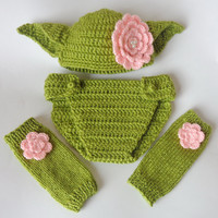 Yoda Set 3pcs For Girl- Baby Hat , Diaper Cover And Leg Warmers From Star Wars Newborn Crochet Photo Prop Baby Girl Hat Halloween / Cosplay