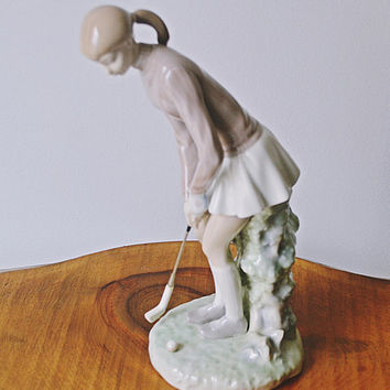 Lladro Female Golfer, Large Lladro Figurine, 1970's Lladro, Made In Spain
