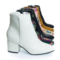 Upscale02 White by Bamboo, Block Heel Ankle Booties, Women¡¯s Shoe