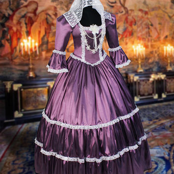 "Victorian-Style Dress ""Gisela"""