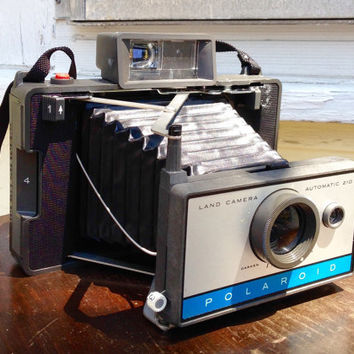 Polaroid land camera 210 with case, accesories included