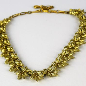 Vintage Necklace- Gold Tone Necklace- Coro Necklace- Circa 1950- Gift for her- Mom Gift- Fashionista Gift- Valentines Da- Stocking Stuffer