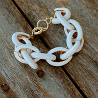 THE SOPHIA BRACELET IN WHITE