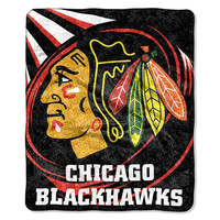 Chicago Blackhawks NHL Sherpa Throw (Puck Series) (50x60)