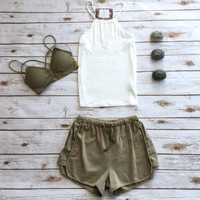 Terry Shorts in Olive