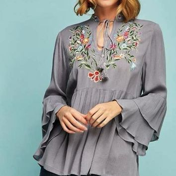 Entro Embroidery Top - Grey