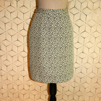 Short Skirt Black White Print Midi Skirt Office Skirt Abstract Print Womens Skirts Vintage Skirt Size 8 Size 10 Medium Womens Clothing