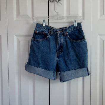 Vintage Distressed Gap Shorts, High Waisted Denim Shorts, 90s Grunge, Cut Off Jean Shorts, Womens High Waist Shorts 28 Waist