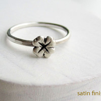 READY TO SHIP,Size 6,Lucky Clover Silver Ring