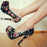 balck, cute, flowers, high heels, perfect - inspiring picture on Favim.com