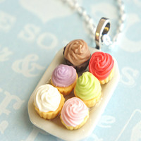 cupcake plate necklace