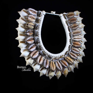Mixed Seashell Necklace Nautical Ocean Tiger Cowrie, Spiral Shell And Long Curled Shell Unique Statement Collar Designer Home Decor Accent