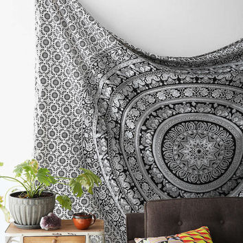 Magical Thinking Floral Elephant Tapestry Hippie Hippy Wall Hanging Large Indian Mandala Tapestry Throw Bedspread Dorm Tapestry Beach Sheet