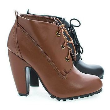 Mozza27L By Bamboo, Round Toe Classic Lace Up Lug Sole Platform Ankle Bootie