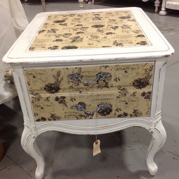 Shabby French Country End Table Painted Cottage White
