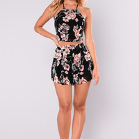 Akila Floral Set - Black